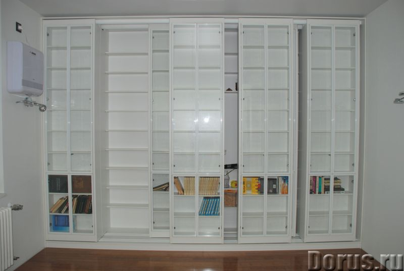 Раздвижная библиотека - Мебель для дома - Размеры: В 280 см x Ш 390 см х Г 64 см. Всего 8 двигающихс..., фото 5