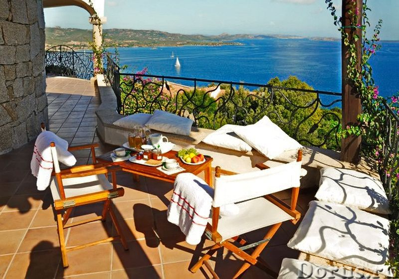 Люкс вилла на севере Сардинии, у моря, для отдыха - Недвижимость за рубежом - Люкс вилла на 1 линии..., фото 1