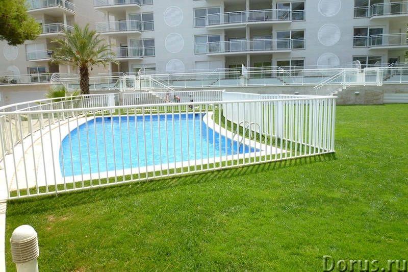 Квартиры нового комплекса с бассейном в престижном курортном городке на побережье Коста Брава - Недв..., фото 4