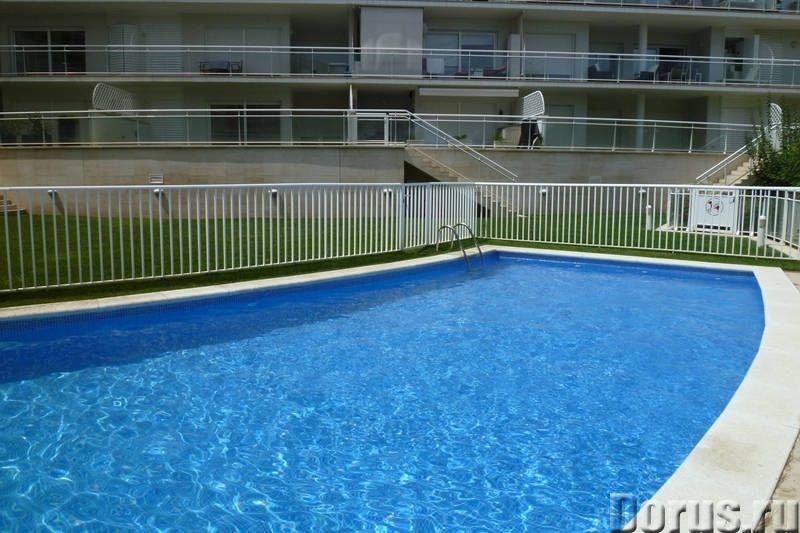 Квартиры нового комплекса с бассейном в престижном курортном городке на побережье Коста Брава - Недв..., фото 5