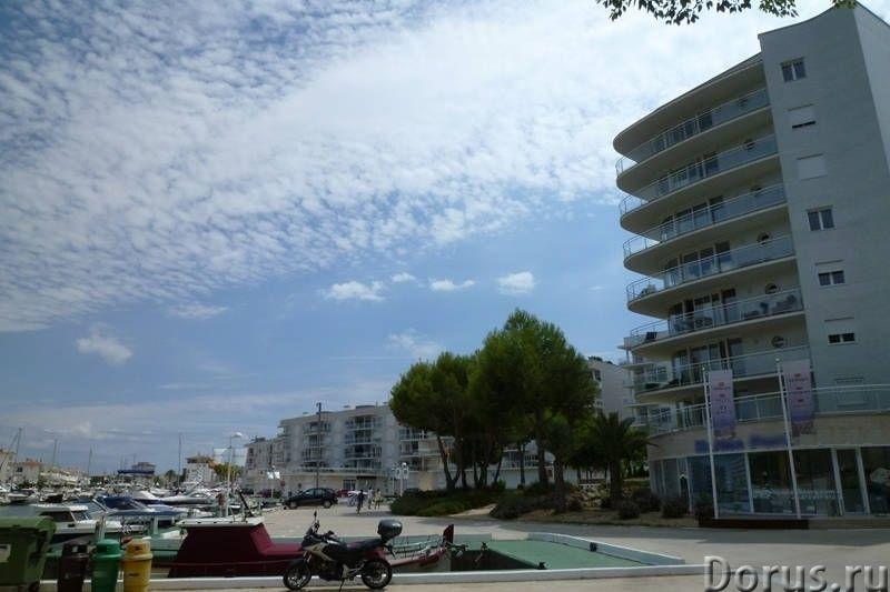 Квартиры нового комплекса с бассейном в престижном курортном городке на побережье Коста Брава - Недв..., фото 7