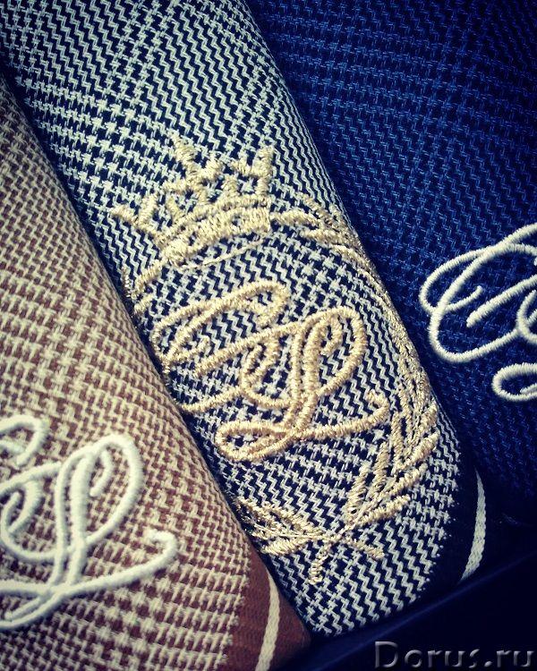 Вышивка золотых монограмм на носовом платке - Прочие услуги - Закажи вышивку инициалов на носовом пл..., фото 2