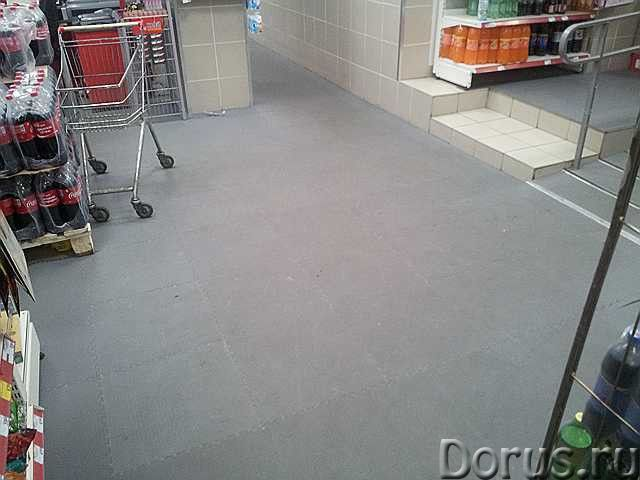 ПВХ плитка для пола в магазине или торгово-развлекательном центре - Материалы для строительства - Мо..., фото 1