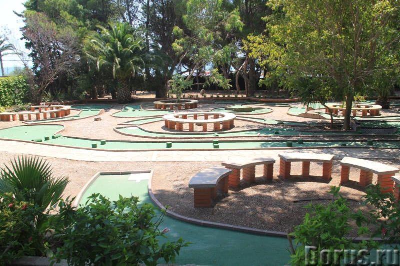 Вилла с бассейном в 100 м. от моря на побережье Коста Дорада - Недвижимость за рубежом - Вилла с бас..., фото 8