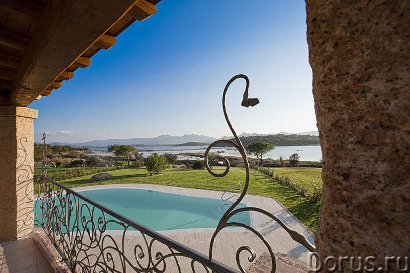 Роскошная вилла на Сардинии в аренду - Недвижимость за рубежом - Местонахождение: Капо Кода Кавалло..., фото 2