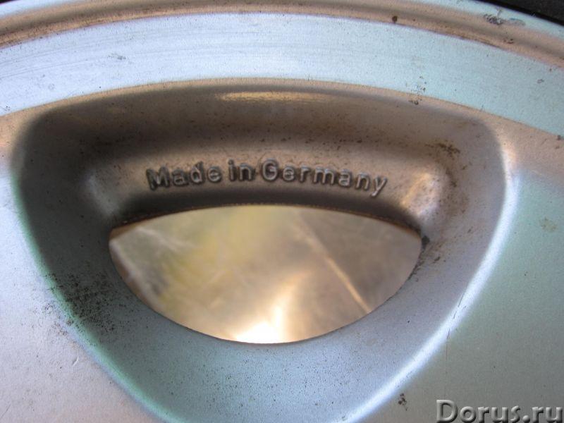 Литой диск R15 x ET25 x 7J _Ромашка_для Мерседес W126 - Запчасти и аксессуары - Для Мерседес W126 пр..., фото 3